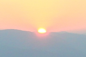 The sun reaches over the horizon (Mid summer in Bulgaria 2008)